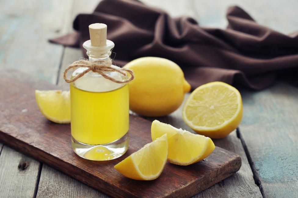 Highlight dit hår med citronolie