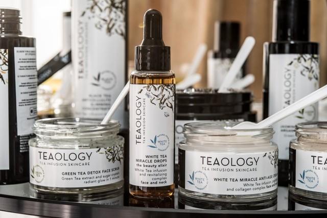 TEAOLOGY – Kosmetikverdens Temærker