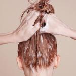 Keratinhårmasker der kan redde skadet og kruset hår